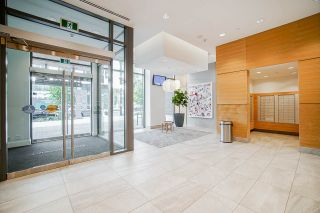 """Photo 3: 1908 8538 RIVER DISTRICT Crossing in Vancouver: South Marine Condo for sale in """"One Town Centre"""" (Vancouver East)  : MLS®# R2470555"""