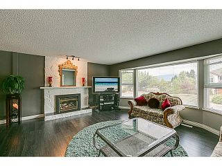 "Photo 4: 20914 ALPINE Crescent in Maple Ridge: Northwest Maple Ridge House for sale in ""CHILCOTIN"" : MLS®# V1024092"