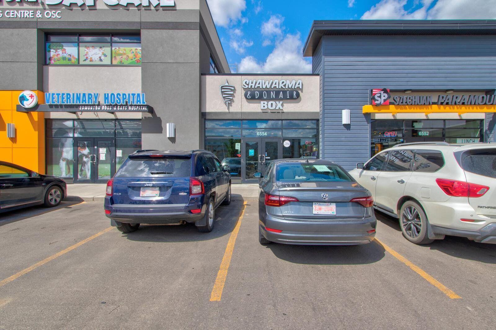 Main Photo: 6554 170 Avenue in Edmonton: Zone 03 Retail for sale : MLS®# E4252693