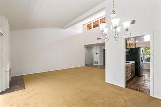 Photo 8: LA JOLLA Twin-home for sale : 2 bedrooms : 1724 Caminito Ardiente