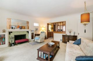 Photo 3: 5877 LINCOLN Street in Vancouver: Killarney VE House for sale (Vancouver East)  : MLS®# R2261922