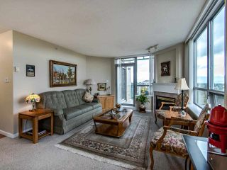 """Photo 4: 2003 612 SIXTH Street in New Westminster: Uptown NW Condo for sale in """"WOODWARD"""" : MLS®# R2472941"""