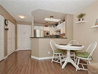 Photo 8: 306 971 McKenzie Ave in VICTORIA: SE Quadra Condo for sale (Saanich East)  : MLS®# 696676