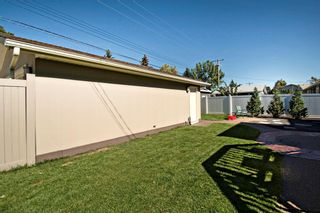 Photo 35: 3216 Lancaster Way SW in Calgary: Lakeview Detached for sale : MLS®# A1106512