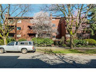 Photo 1: 204 1827 W 3RD Avenue in Vancouver: Kitsilano Condo for sale (Vancouver West)  : MLS®# V1136248