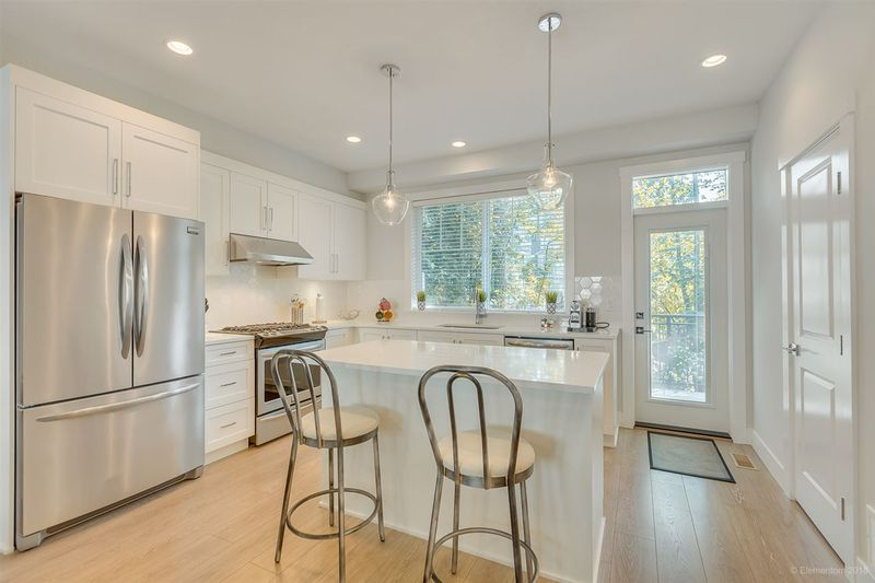 FEATURED LISTING: 2 - 15717 MOUNTAIN VIEW Drive Surrey