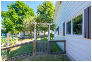 Photo 5: 1650 Southeast 15 Street in Salmon Arm: Hillcrest House for sale (SE Salmon Arm)  : MLS®# 10139417