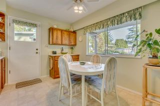 """Photo 6: 3311 DALEBRIGHT Drive in Burnaby: Government Road House for sale in """"GOVERNMENT ROAD"""" (Burnaby North)  : MLS®# R2214815"""