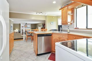 Photo 8: 26816 27 Avenue in Langley: Aldergrove Langley House for sale : MLS®# R2581115