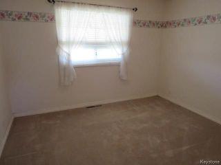 Photo 5: 1083 Nairn Avenue in Winnipeg: East Elmwood Residential for sale (3B)  : MLS®# 1810533