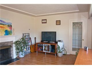 Photo 4: 458 MONTGOMERY Street in Coquitlam: Central Coquitlam House for sale : MLS®# R2238266