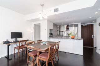 """Photo 7: 905 788 RICHARDS Street in Vancouver: Downtown VW Condo for sale in """"L'Hermitage"""" (Vancouver West)  : MLS®# R2458988"""