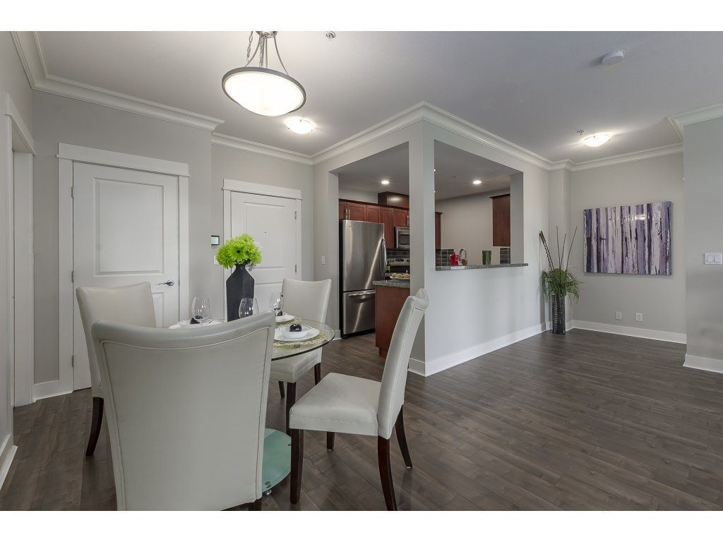 """Photo 3: Photos: 318 5430 201 Street in Langley: Langley City Condo for sale in """"The Sonnet"""" : MLS®# R2282213"""