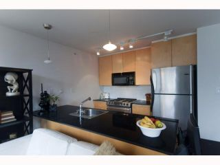 Photo 2: 508 989 Beatty Street in Vancouver: Condo for sale : MLS®# v817714