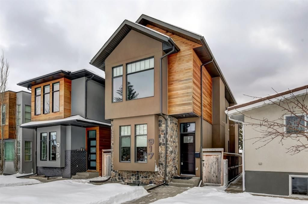 Main Photo: 917 22 Avenue NW in Calgary: Mount Pleasant Detached for sale : MLS®# A1069465