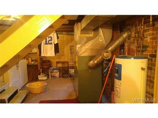 Photo 15: 2525 Vancouver St in VICTORIA: Vi Central Park House for sale (Victoria)  : MLS®# 738631