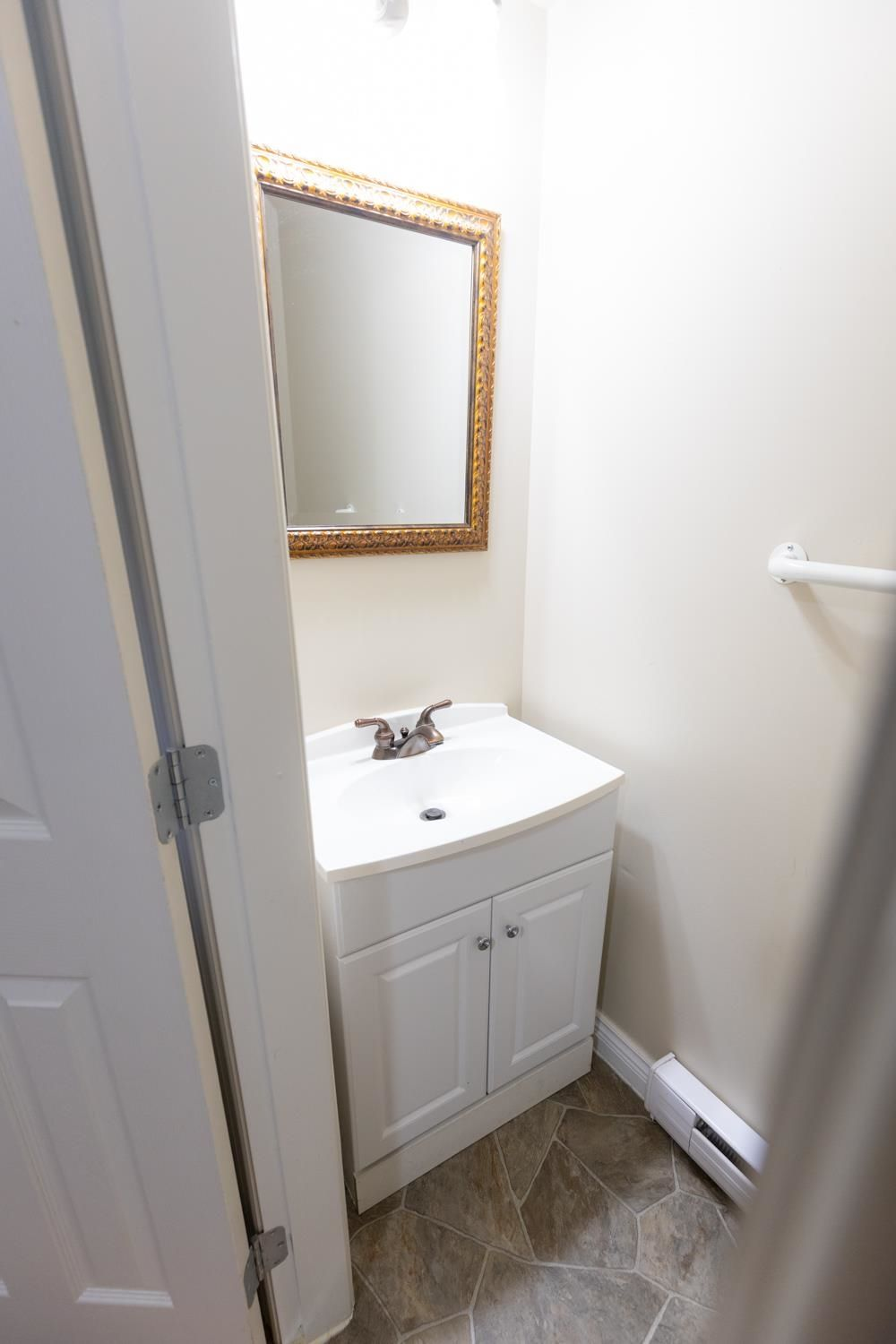 Photo 22: Photos: 2246 BEDFORD Place in Abbotsford: Abbotsford West House for sale : MLS®# R2602902