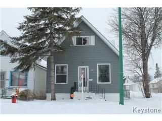Main Photo: 896 Redwood Avenue in Winnipeg: North End Single Family Detached for sale (North West Winnipeg)  : MLS®# 1502977