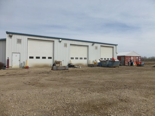 Main Photo: 4115 50 Avenue: Thorsby Industrial for sale : MLS®# E4239762