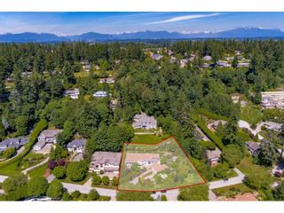 "Photo 22: 13557 55A Avenue in Surrey: Panorama Ridge House for sale in ""Panorama Ridge"" : MLS®# R2467137"