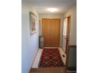 Photo 3: 1286 Leila Avenue in WINNIPEG: Maples / Tyndall Park Residential for sale (North West Winnipeg)  : MLS®# 1412296