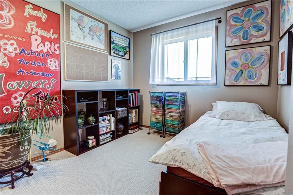 Photo 15: Photos: 62 RIVERCREST Circle SE in Calgary: Riverbend Detached for sale : MLS®# C4273736