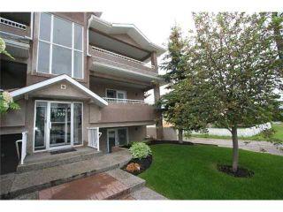 Photo 2: 201 335 30 Avenue NE in CALGARY: Tuxedo Condo for sale (Calgary)  : MLS®# C3575543