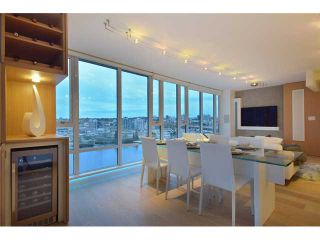 """Photo 11: 1203 918 COOPERAGE Way in Vancouver: Yaletown Condo for sale in """"THE MARINER"""" (Vancouver West)  : MLS®# V1048985"""