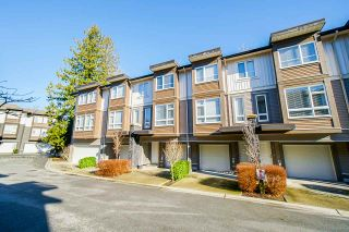 """Photo 3: 27 5888 144 Street in Surrey: Sullivan Station Townhouse for sale in """"One 44"""" : MLS®# R2536039"""