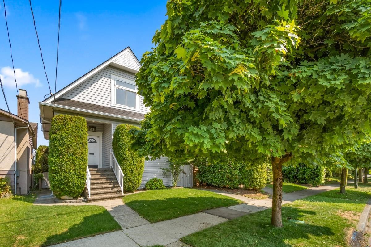 Main Photo: 5824 ONTARIO Street in Vancouver: Main House for sale (Vancouver East)  : MLS®# R2599451