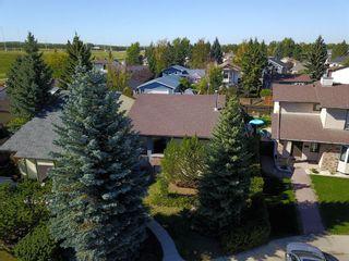 Photo 4: 248 CEDARDALE Bay SW in Calgary: Cedarbrae Detached for sale : MLS®# A1146356