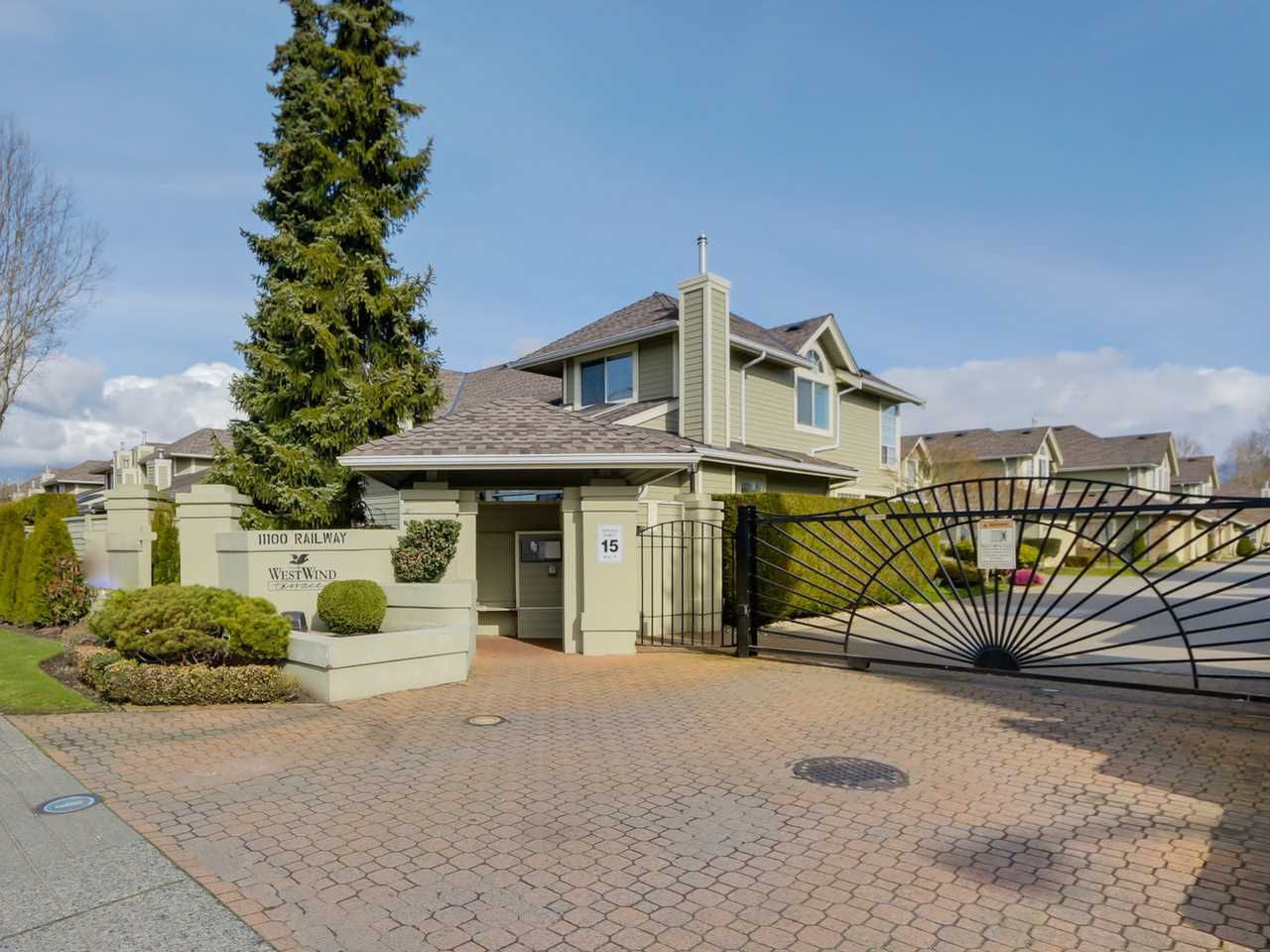 Main Photo: 30 11100 RAILWAY AVENUE in : Westwind Townhouse for sale : MLS®# R2041485