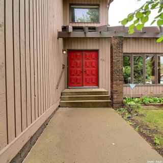 Photo 3: 821 Chester Place in Prince Albert: Carlton Park Residential for sale : MLS®# SK862877
