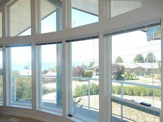 Photo 4: 4936 ARBUTUS Road in Sechelt: Sechelt District House for sale (Sunshine Coast)  : MLS®# V1136165