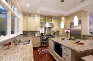 """Photo 6: 2386 KINGS Avenue in West Vancouver: Dundarave House for sale in """"Dundarave Village by the Sea"""" : MLS®# R2620765"""