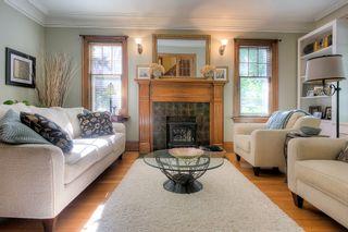 Photo 3: 856 Palmerston Avenue in Winnipeg: Wolseley Single Family Detached for sale (5B)  : MLS®# 1824468