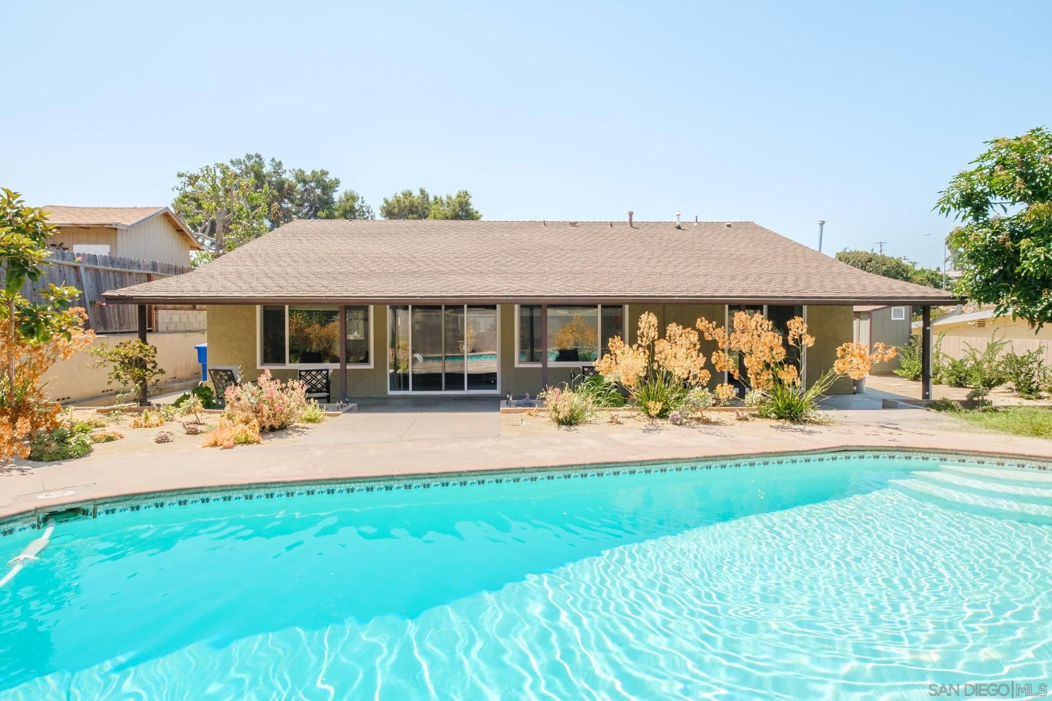Main Photo: SAN DIEGO House for sale : 3 bedrooms : 3727 College Ave