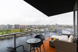 """Photo 23: 1802 8 SMITHE Mews in Vancouver: Yaletown Condo for sale in """"Flagship"""" (Vancouver West)  : MLS®# R2577399"""