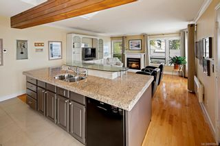 Photo 11: 8823 Forest Park Dr in North Saanich: NS Dean Park House for sale : MLS®# 838942