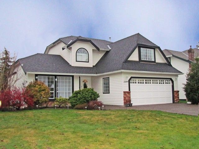 """Main Photo: 22159 OLD YALE RD in Langley: Murrayville House for sale in """"Murrayville"""" : MLS®# F1228752"""
