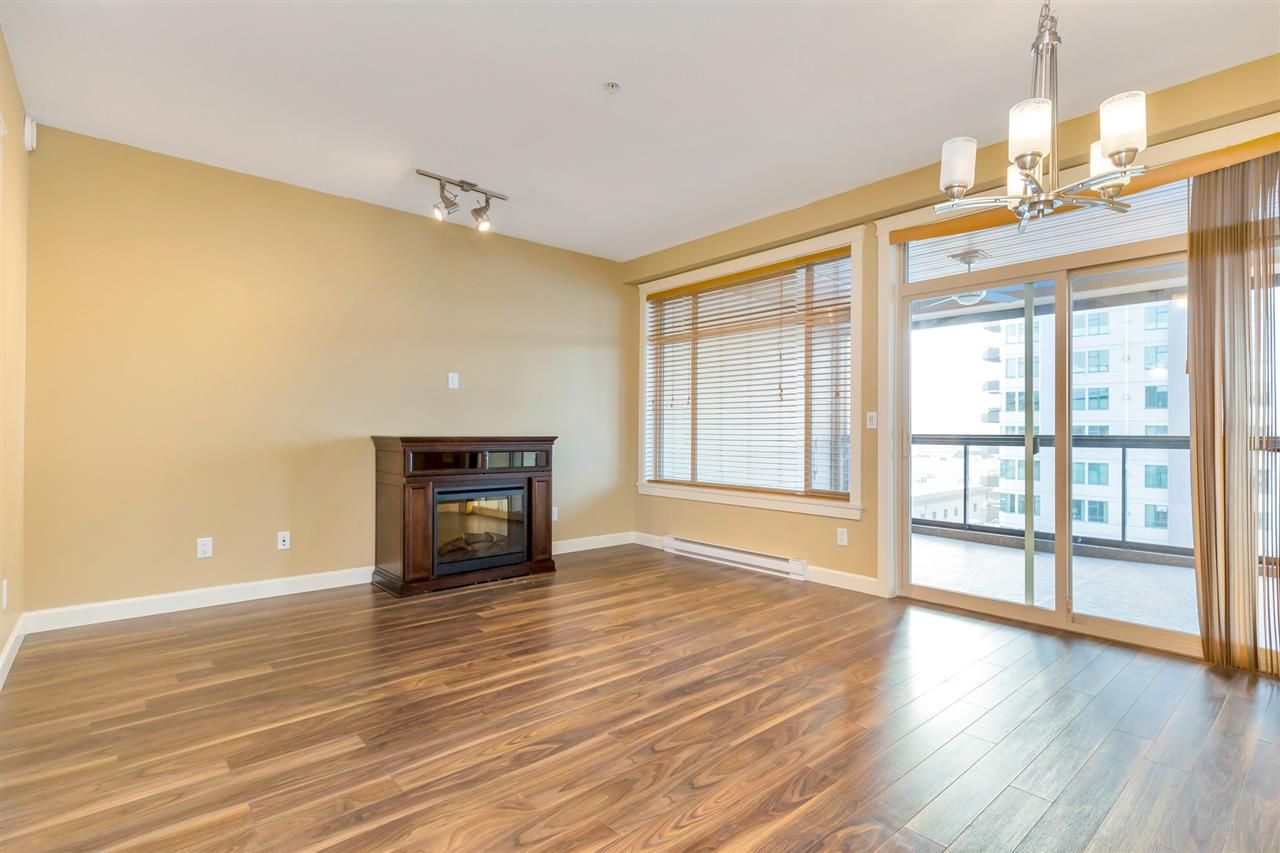 "Photo 10: Photos: 524 2860 TRETHEWEY Street in Abbotsford: Central Abbotsford Condo for sale in ""La Galleria"" : MLS®# R2525522"
