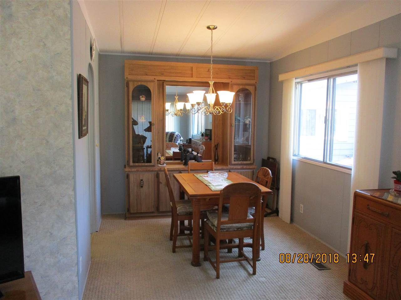"""Photo 5: Photos: 57 2305 200 Street in Langley: Brookswood Langley Manufactured Home for sale in """"CEDAR LANE"""" : MLS®# R2357125"""