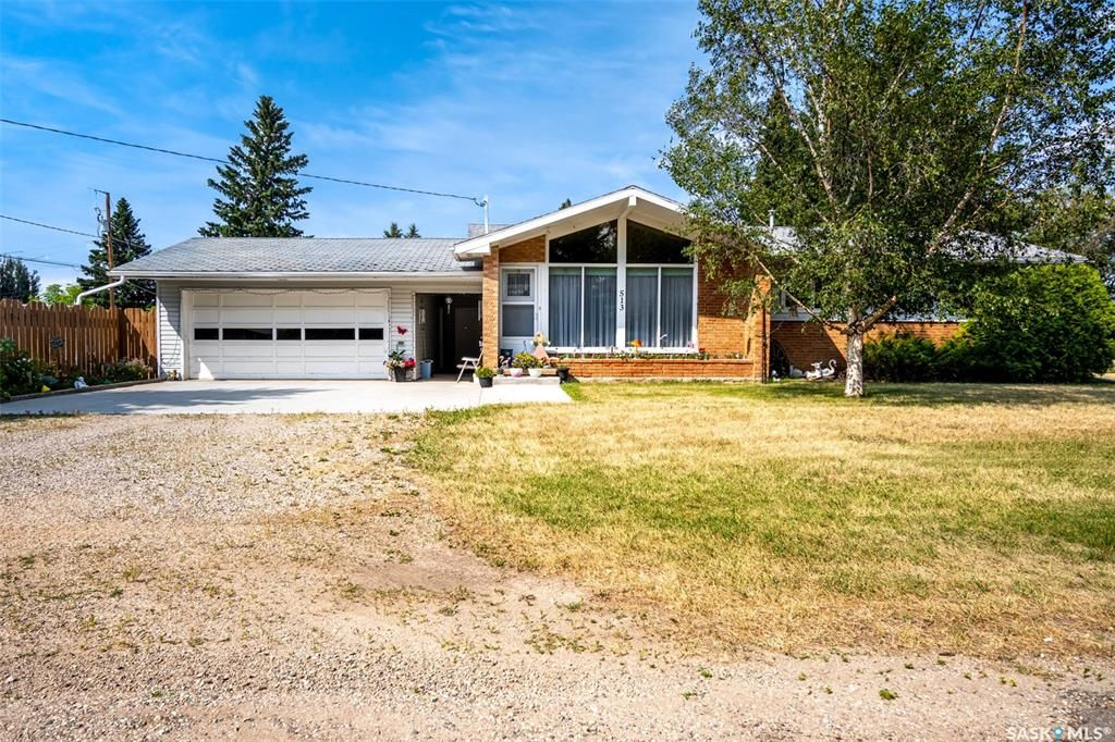 Main Photo: 513 3rd Avenue in Cudworth: Residential for sale : MLS®# SK863670