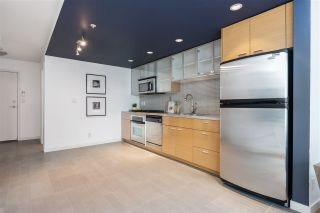 """Photo 14: 1507 33 SMITHE Street in Vancouver: Yaletown Condo for sale in """"COOPERS LOOKOUT"""" (Vancouver West)  : MLS®# R2539609"""