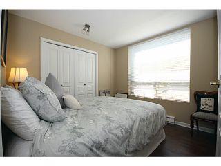 """Photo 7: 110N 1100 56TH Street in Tsawwassen: Tsawwassen East Condo for sale in """"ROYAL OAKS"""" : MLS®# V1019596"""