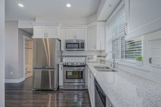 """Photo 8: 203 828 ROYAL Avenue in New Westminster: Downtown NW Townhouse for sale in """"Brickstone Walk"""" : MLS®# R2388112"""