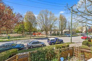 """Photo 22: 202 1515 E 6TH Avenue in Vancouver: Grandview Woodland Condo for sale in """"Woodland Terrace"""" (Vancouver East)  : MLS®# R2571268"""