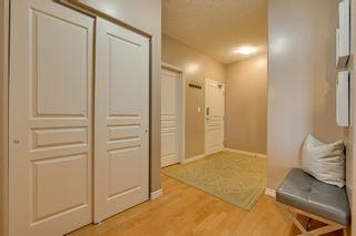 Photo 5: 1103 9707 106 Street in Edmonton: Zone 12 Condo for sale : MLS®# E4263421