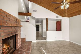 Photo 4: CARLSBAD EAST Twin-home for sale : 3 bedrooms : 6728 Cantil St in Carlsbad