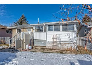 Photo 23: 7603 35 Avenue NW in Calgary: Bowness House  : MLS®# C4049295